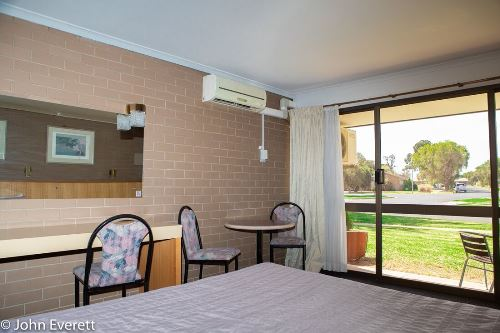 Wheelchair Accessible Room | Mildura Motor Inn